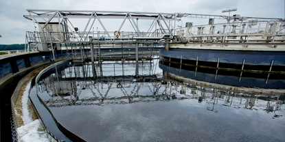 Wastewater treatment in a sewage plant