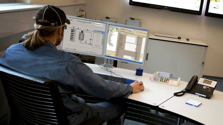 Access diagnostic directly from transmitters integrated into a EtherNet/IP fieldbus